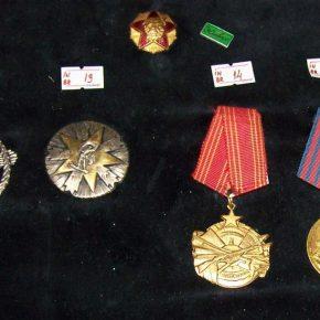 Eksponati iz Istorijske zbirke muzeja. Ordenje, II svjetski rat 2