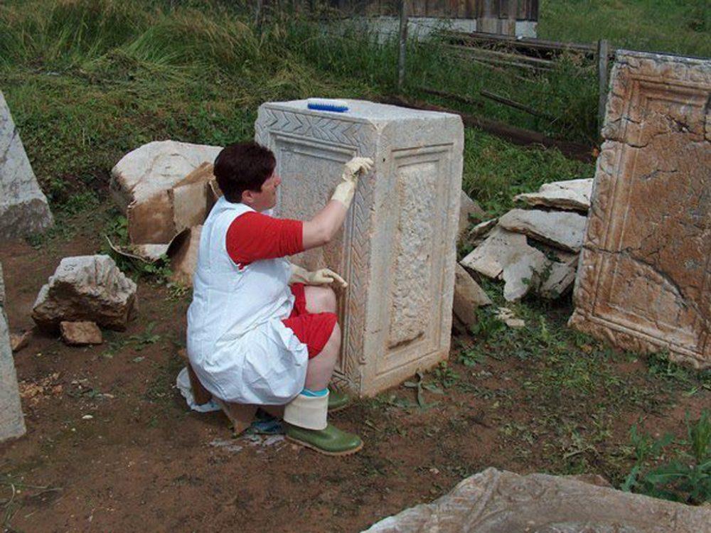 Комини, конзервација споменика 2007.год.