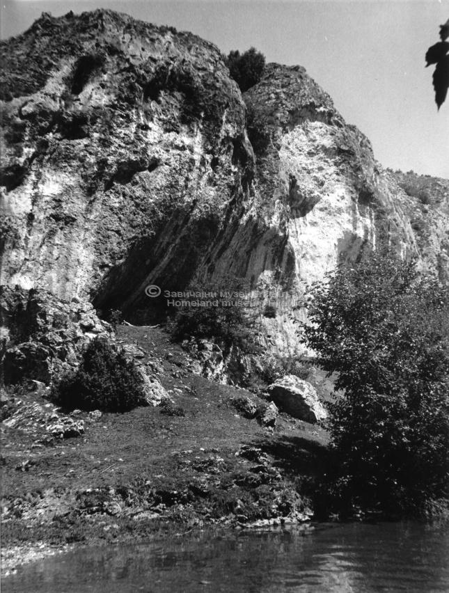 sl.01 Medena stijena
