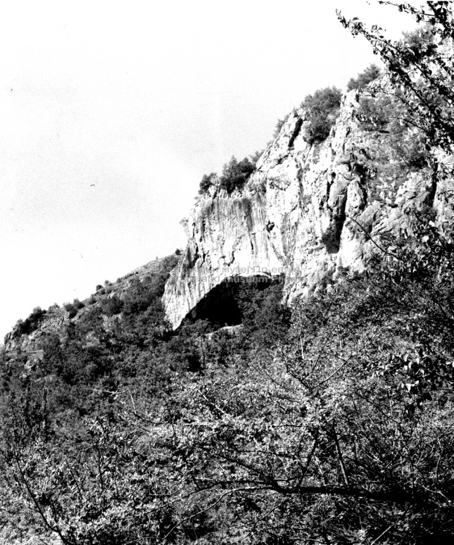 сл.01 Пећина под Госпића врхом